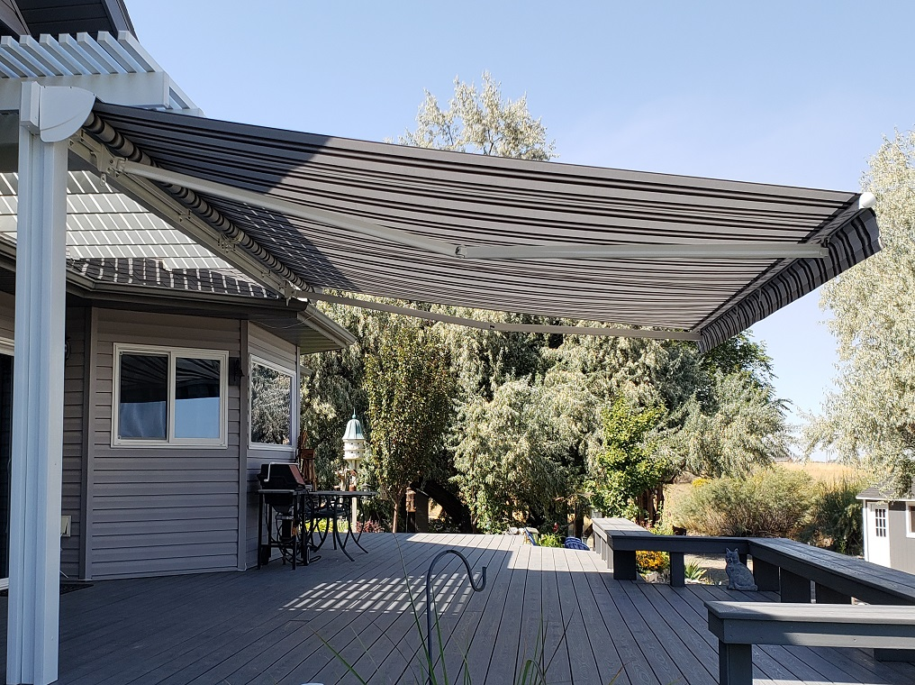 Retractable Awning Patio Cover